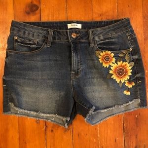 Kensie Sunflower Embroidered Denim Shorts